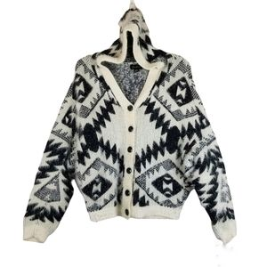 Cartise Eyelash Diamond Tribal Jacquard Hooded Cardigan